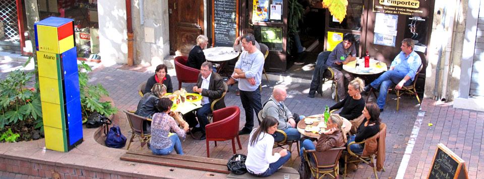 La terrasse côté boulevard Jean Jaurès, le 5 octobre 2010